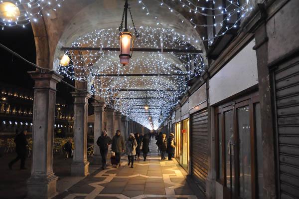 Natale a venezia venice tourism for Palazzi davvero grandi